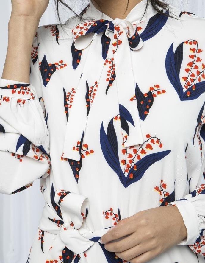 Fahima Inspiration Patterned Abaya close up